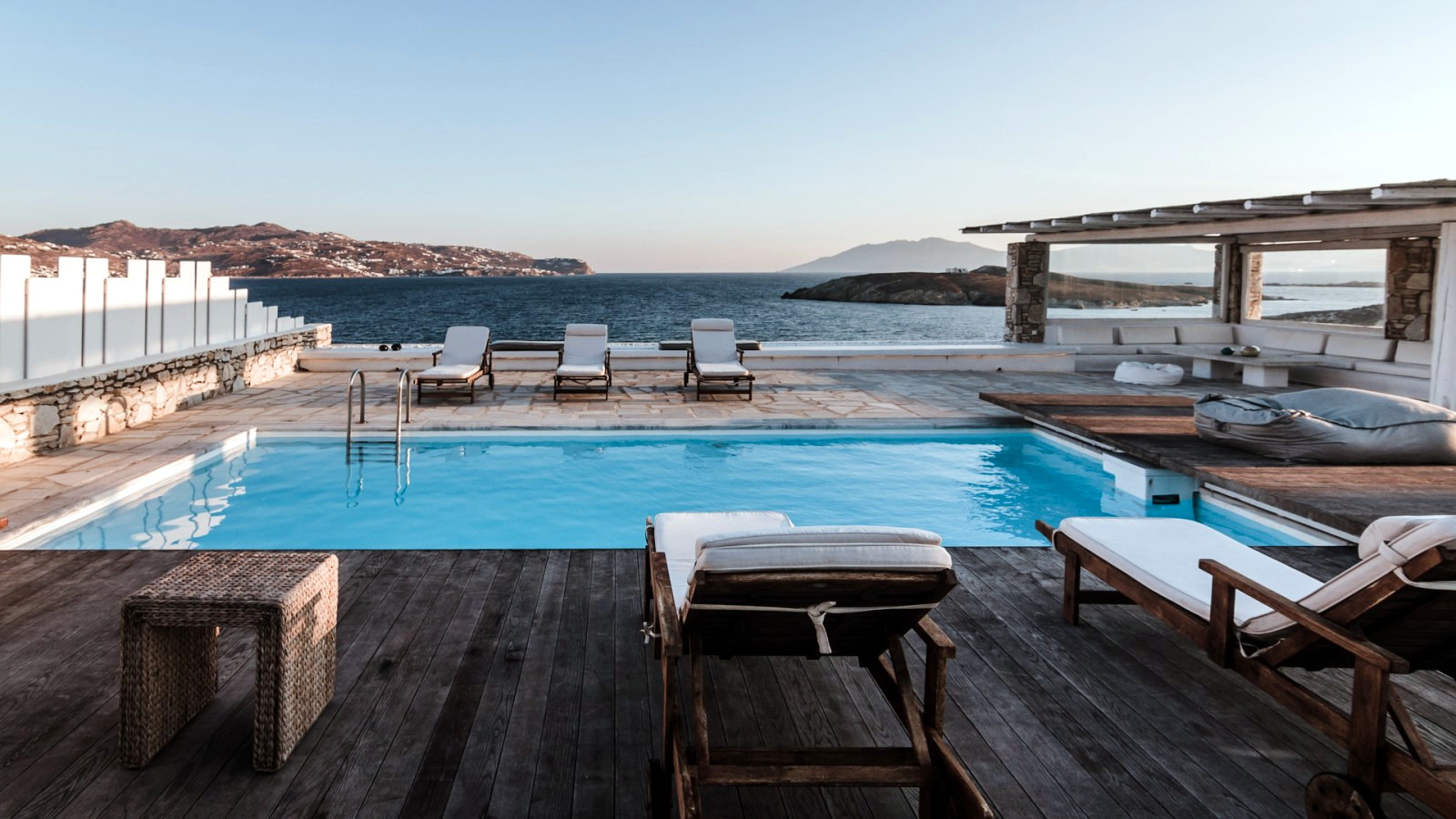Mykonos Luxury Villa Nancy | pool & beachfront